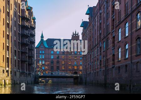 geography / travel, Germany, Hamburg, Speicherstadt, Sandtorkai (quay), Sandthorquaihof, Additional-Rights-Clearance-Info-Not-Available - Stock Photo