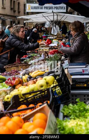 Vic weekly market, fresh and organic products, Barcelona, Catalonia, Spain.