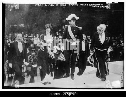 Queen & King of Belg. (i.e., Belgium) opening Ghent Exposition - Mayor Braunn (i.e., Braun)