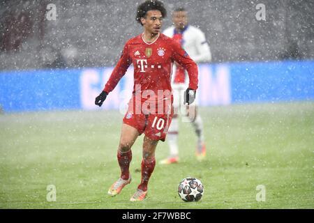 Leroy SANE (FC Bayern Munich), action, single action, single image, cut out, whole body shot, whole figure. FC Bayern Munich-Paris Saint Germain (PSG) 2-3, Soccer Champions League quarter-finals on April 7th, 2021, ALLIANZAREN A. DFL REGULATIONS PROHIBIT ANY USE OF PHOTOGRAPHS AS IMAGE SEQUENCES AND / OR QUASI-VIDEO. Photo: Jens Niering / Pool via SVEN SIMON Fotoagentur GmbH & Co. Press photo KG # Prinzess-Luise-Str. 41 # 45479 M uelheim / R uhr # Tel. 0208/9413250 # Fax. 0208/9413260 # GLS Bank # BLZ 430 609 67 # Account 4030 025 100 # IBAN DE75 4306 0967 4030 0251 00 # BIC GENODEM1GLS # www.