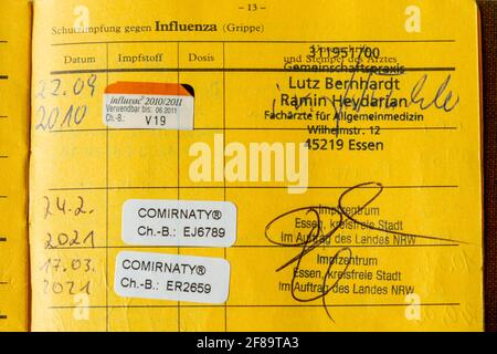 Vaccination book, proof of double vaccination with the Corona vaccine from BioNTEch/Pfizer, COMIRNATY/BNT162B2, against the Covid-19 virus, vaccinated Stock Photo