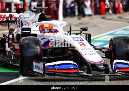 Nikita Mazepin (RUS) Haas F1 Team VF-21. Emilia Romagna Grand Prix, Saturday 17th April 2021. Imola, Italy.