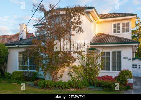 Streamline moderne or ocean liner-styled inter-war family home in Melbourne, Australia