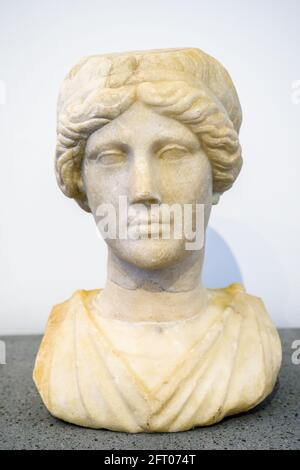 Bust of a woman - I sec BC Casa degli Amorini dorati (House of the Gilded cupids) Marble Pompeii archaeological site, Italy