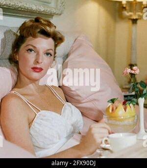 JULIE LONDON (1926-2000) American singer and fim actress about 1960