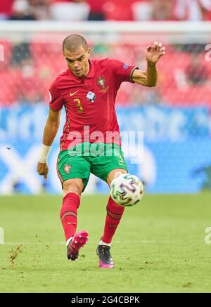 Munich, Germany. 19th June, 2021. PEPE, Por 3 in the Group F match PORTUGAL, Germany. , . in Season 2020/2021 on June 19, 2021 in Munich, Germany. Credit: Peter Schatz/Alamy Live News