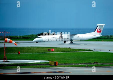 Ryukyu Air Commuter, RAC, De Havilland Canada Dash 8, DHC-8-200, JA82RC, Take Off, Naha Airport, Okinawa, Japan
