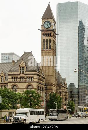 Toronto's Old City Hall was home to its city council from 1899 to 1966 and remains one of the city's most prominent structures. The building is in Que