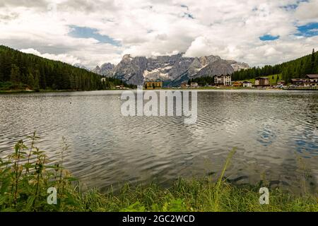 view ok Lake Misurina is the largest natural lake of the Cadore.