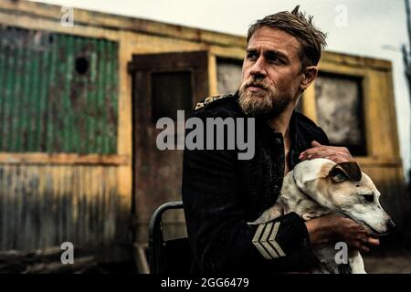 CHARLIE HUNNAM in TRUE HISTORY OF THE KELLY GANG (2019), directed by JUSTIN KURZEL. Credit: daybreak Pictures / Album