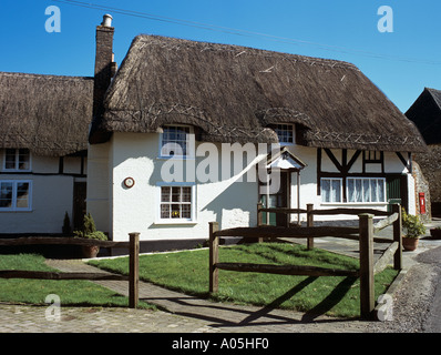 THATCHED 'TIMBER FRAMED' COTTAGE  East Meon Hampshire England UK - Stock Photo