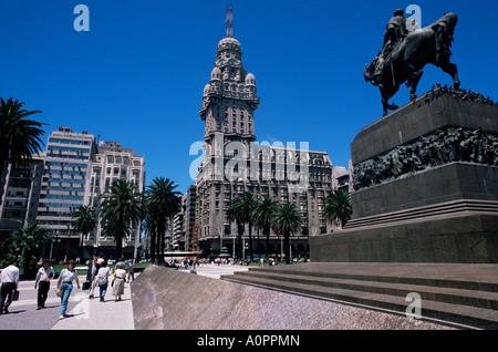 Statue of Artigas Plaza Independecia Montevideo Uruguay South America - Stock Photo