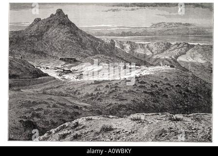 fort bowie arizona apache American Indian tibe tribal attack USA mountain hill encampment homestead bush scrub pass - Stock Photo