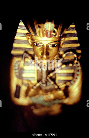 Replica of King Tut s coffin SIMILAR IMAGE A1F590 - Stock Photo