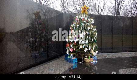 Vietnam Veterans Memorial Wall in Washington DC USA - Stock Photo