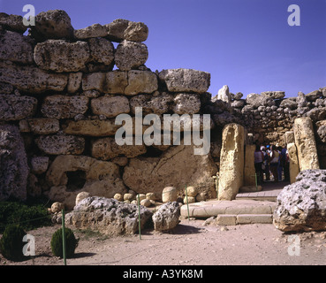 travel /geography, Malta, Gozo, buildings, Ggantija double temple, southern temple, entrance, circa 3800 - 3600 - Stock Photo