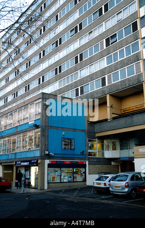 Aylesbury Housing Estate with shops underneath by Walworth Road Camberwell South London. - Stock Photo