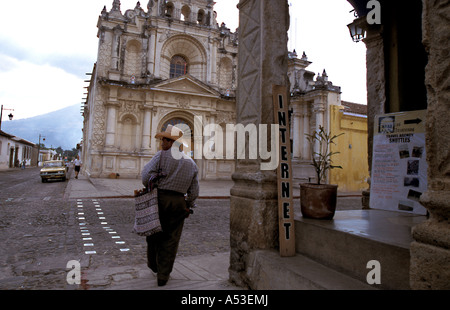 Painet ha0647 5534 guatemala antigua country developing nation less economically developed culture emerging market - Stock Photo