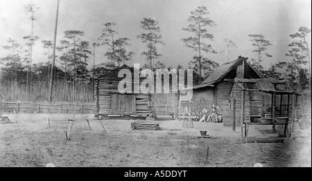 Historic photograph of cracker cabin in rural Florida - Stock Photo