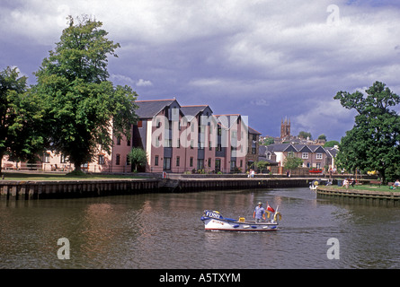 The market town of Totnes on the River Dart in South Devon. XPL 5016-468 - Stock Photo