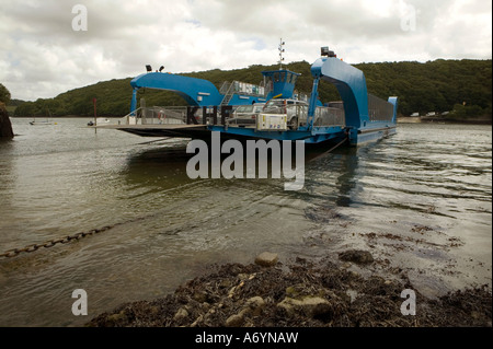 The King Harry ferry crossing the River Fal from the Roseland Peninsular to Feock, Cornwall. - Stock Photo