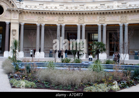Paris France, Outside Square Museum the 'Petit Palais' 'Musée des Beaux Arts de la Ville de Paris' Small Garden - Stock Photo