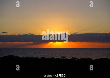 sunrice Sonnenaufgang Wolkenband - Stock Photo
