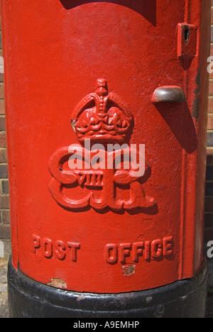 Maidstone, Kent, England, UK. Rare 1936 Edward VIII red pillar box in Week Street (one of about 130) - Stock Photo