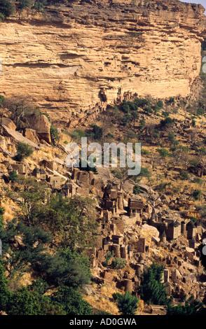 The Dogon village of Banani, Bandiagara Escarpment, Mali - Stock Photo