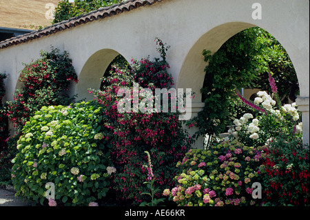 The beautiful COURTYARD GARDEN of the historic PACIFIC HOUSE MONTEREY CALIFORNIA - Stock Photo