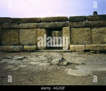 travel /geography, Malta, buildings, Hagar Qim temple, facade, entrance, circa 3200 - 2500 B.C., historic, historical, - Stock Photo