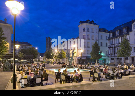 Restaurant at night near the Musee des Beaux Arts, Rouen, Normandy, France - Stock Photo