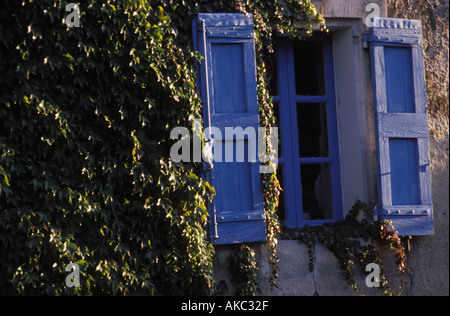 Blue window at the village Bonnieux Provence France - Stock Photo
