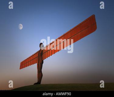GB - TYNE AND WEAR: Angel of the North near Gateshead - Stock Photo