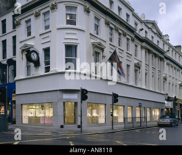 Boodle and Dunthorne, Jewellers Shop, Lord Street, Liverpool. Shop exterior. Architect: Eva Jiricna Architects - Stock Photo