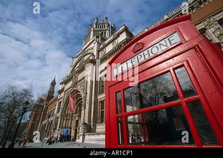 Victoria and Albert Museum with Telephone box, South-Kensington-Museum, South Kensington, London, United Kingdom - Stock Photo