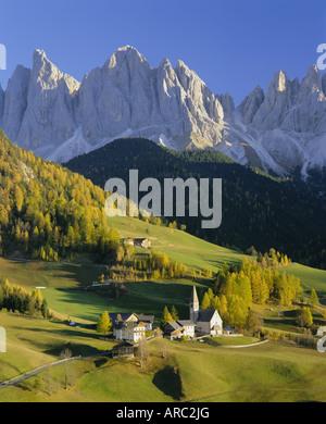 Mountains, Geisler Gruppe/Geislerspitzen, Dolomites, Trentino-Alto Adige, Italy, Europe - Stock Photo