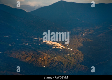 The whitewashed walls of the Andalusian hill town of Gaucin, Spain - Stock Photo