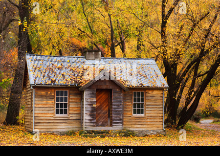 Miner's hut, Arrowtown, Central Otago, South Island, New Zealand, Pacific - Stock Photo