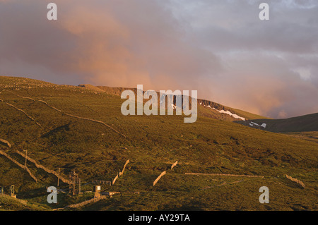 Cairngorm Ski Centre looking to Cairn Lochan mountain, in the Cairngorms National Park. - Stock Photo