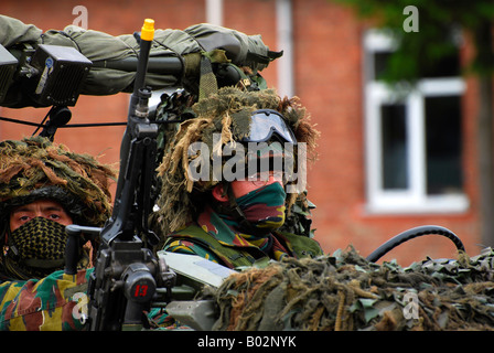 Members of a recce or scout team of the Belgian Army - Stock Photo