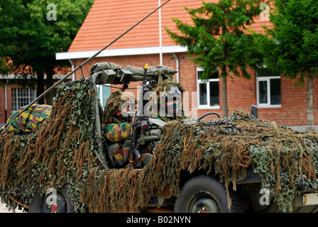 Members of a recce or scout team of the Belgian Army. - Stock Photo