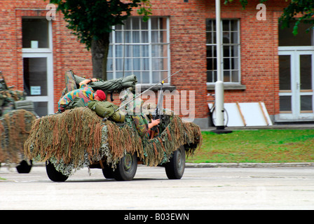A recce or scout team of the Belgian Army during a training session - Stock Photo