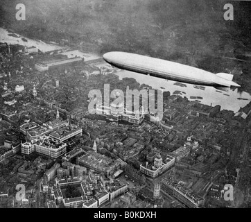 The airship 'Graf Zepplin' over London, August 1931 (1936). Artist: Unknown - Stock Photo