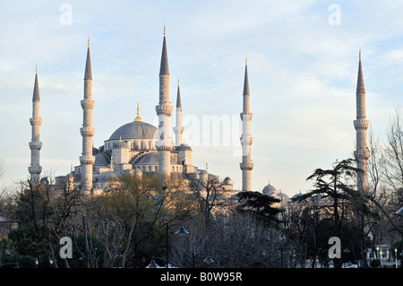 Sultan Ahmed Mosque aka Blue Mosque, Istanbul, Turkey - Stock Photo