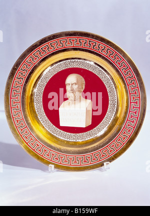fine arts, porcelain, plate, series with gold plating, onyx series, bust of Xenocrates, painted by Le Feubure, Nymphenburg - Stock Photo