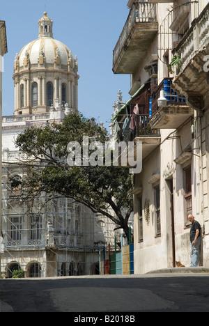 Street scene of Old Havana, Cuba. - Stock Photo