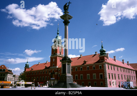 July 9, 2008 - Zygmunt's column and the Royal Castle at Plac Zamkowy (Castle Square) in the Stare Miasto, Warsaw's - Stock Photo
