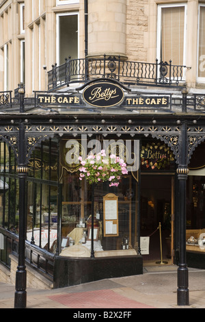 Harrogate North Yorkshire England UK Betty s cafe building exterior in town centre famous tearoom - Stock Photo