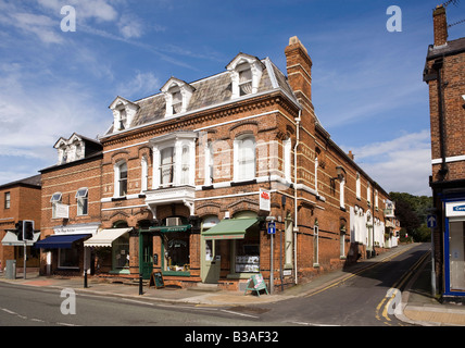 UK Cheshire Tarporley High Street Estate agents office in Victorian building - Stock Photo